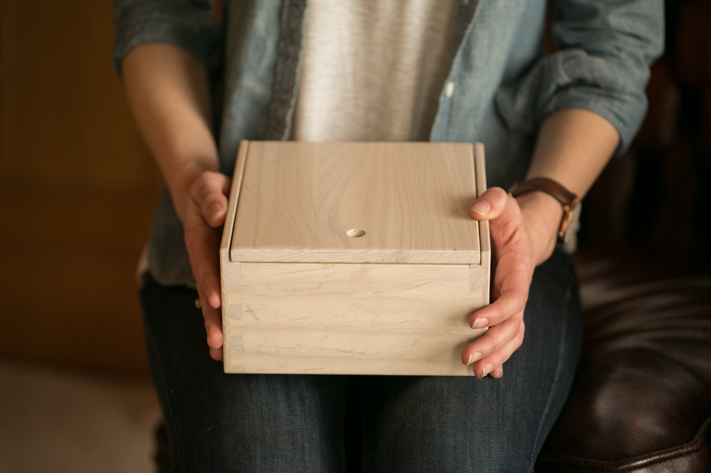 The Evan, a keepsake wooden box crafted by Amish Master Craftsmen, in White Washed Northern Ash by H.H. Boogie. hhboogie.com